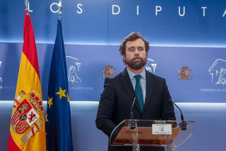 """Espinosa de los Monteros advierte de que PP y PSOE quieren """"recuperar el bipartidismo"""" y afirma que Cs """"se ha inmolado"""""""