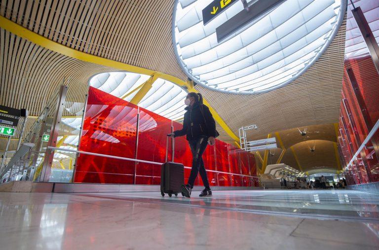España prorroga hasta 30 de abril la restricción de viajes no imprescindibles desde países Schengen y terceros a la UE
