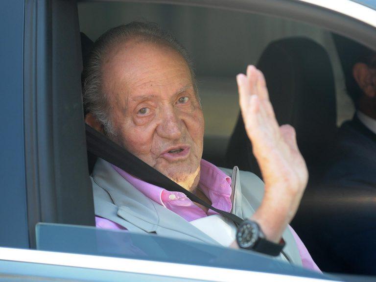 El Gobierno justifica los pagos a los asistentes de Juan Carlos I por ejercer funciones de «especial confianza»