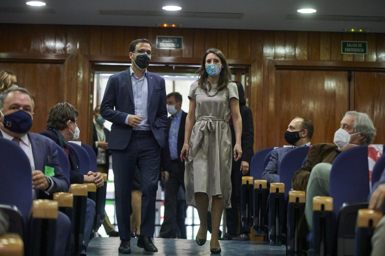 Garzón aceptaría un pacto con Ciudadanos si acuerdan un programa de regeneración