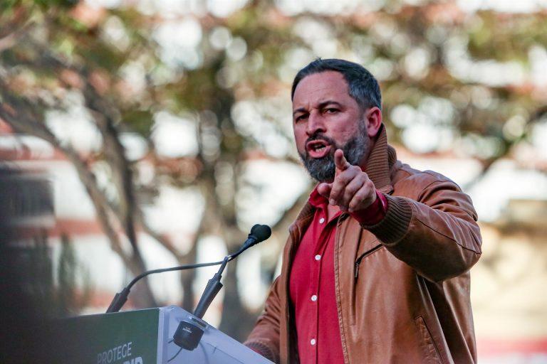 Abascal habla de 10.000 migrantes llegados a Ceuta y pide una «respuesta de fuerza» para evitar «lo mismo» en Melilla