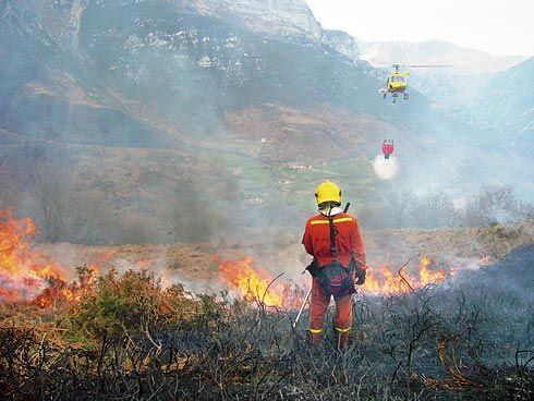 Asturias mantiene 26 incendios activos