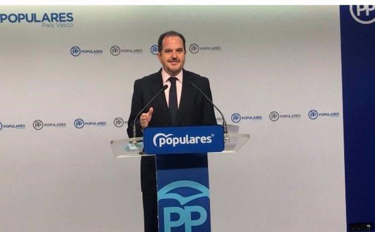 """Iturgaiz dice que la coalición con Cs """"ha muerto"""" en Euskadi y que """"el proyecto común del centroderecha es PP"""""""