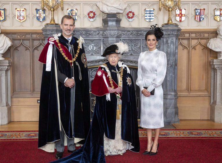 Los Reyes ensalzan «el servicio y dedicación» del duque de Edimburgo en su telegrama de condolencias a Isabel II