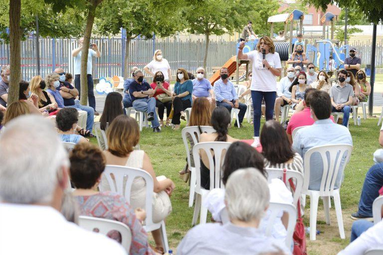 Susana Díaz afirma que las primarias son la lucha «por la dignidad, el respeto y la autonomía» del PSOE-A
