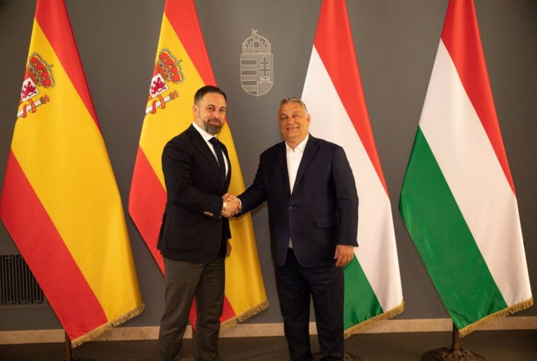 Abascal se une a Orban, Le Pen y Salvini contra una UE federal