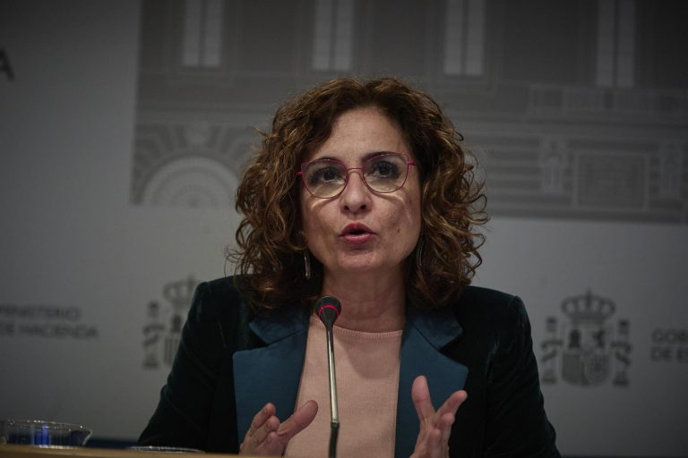 Montero apela a la responsabilidad ciudadana tras el fin del estado de alarma
