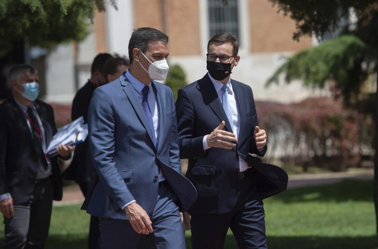 """Sánchez rechaza que los indultos sean un coste y desoye las críticas: """"El coste sería dejar las cosas enquistadas"""""""