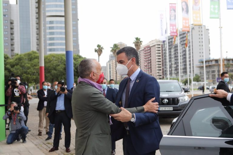 Sánchez defiende el Gobierno de coalición y apuesta por el entendimiento entre las izquierdas
