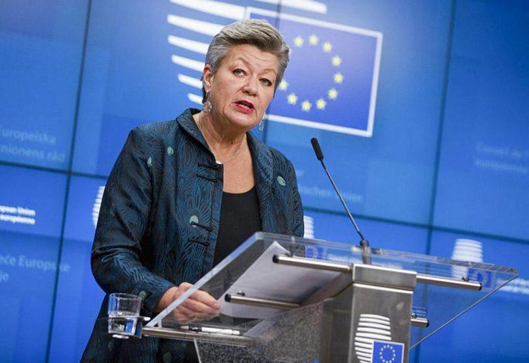 Bruselas avisa a Marruecos de que Ceuta es «frontera de la UE» e insta a Rabat a controlar el paso irregular