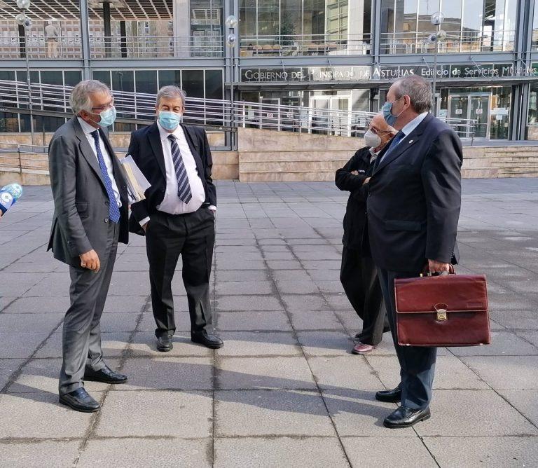 La fiscalía pide dos años de prisión para Cascos