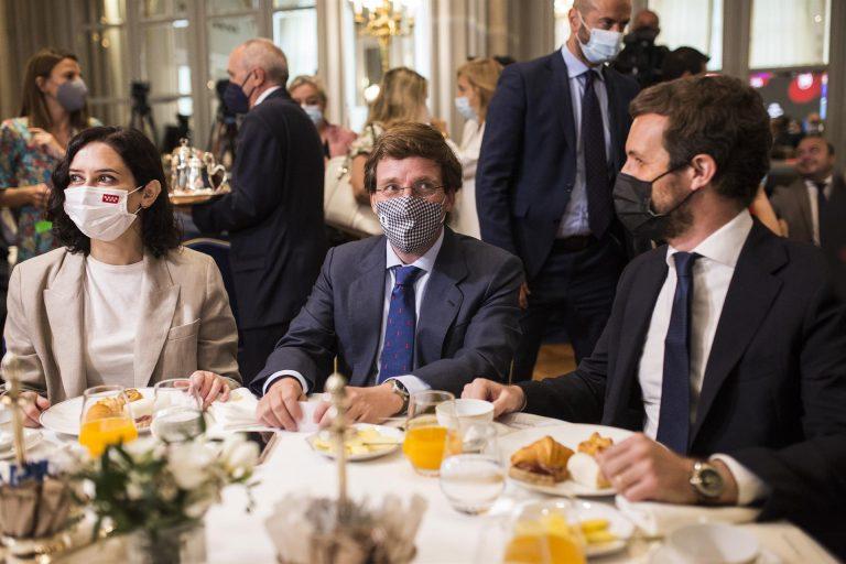 Casado elogia a Almeida en su segundo aniversario como alcalde de Madrid