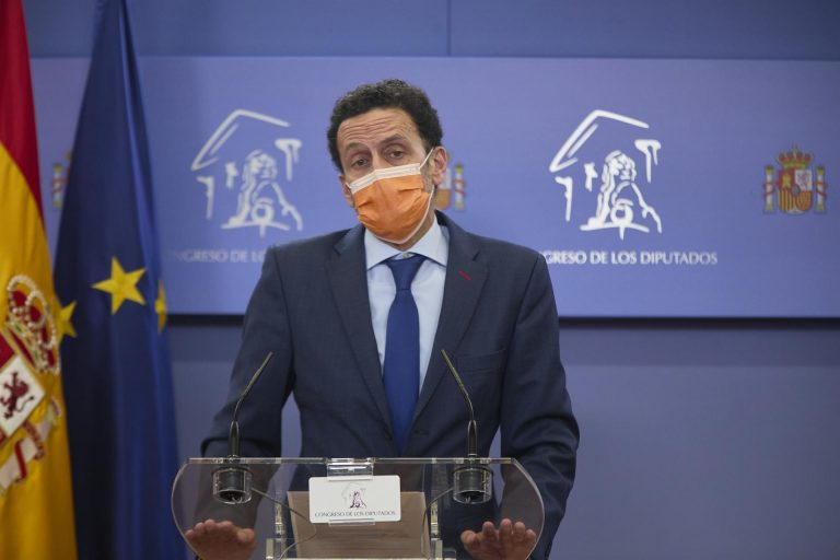 Bal dice que ayer Sánchez «persiguió» a Biden «y él sin dirigirle la palabra»