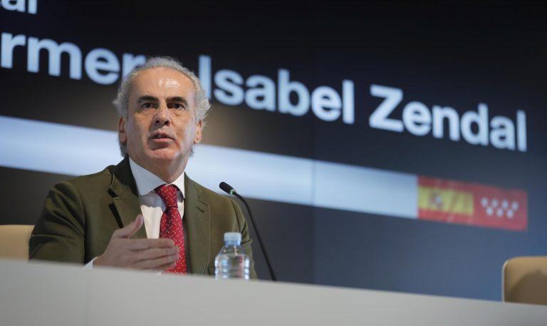 La Comunidad de Madrid pide «prudencia» a la hora de dejar de usar la mascarilla en exteriores