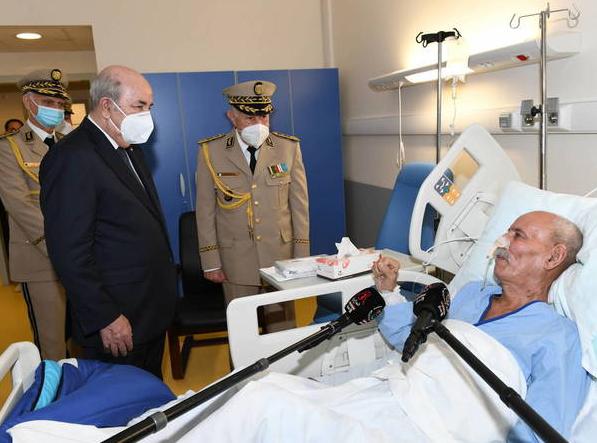 Ghali reaparece en un hospital de Argel consciente y hablando con el presidente argelino