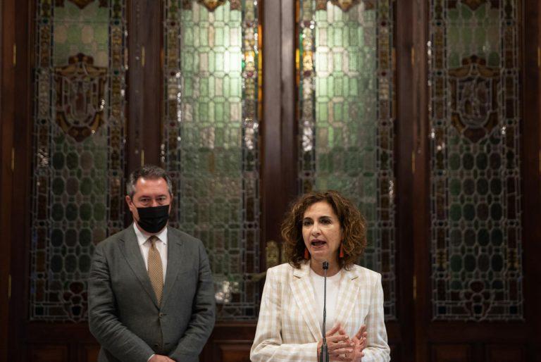 Montero (PSOE) rechaza que Susana Díaz haya tenido trato discriminatorio en el PSOE por ser mujer