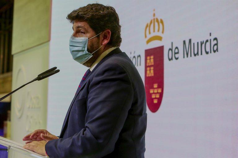 """Los expertos designados por el Pacto Antitransfuguismo declaran """"tránsfugas"""" a López Miras y a los exdiputados de Cs"""