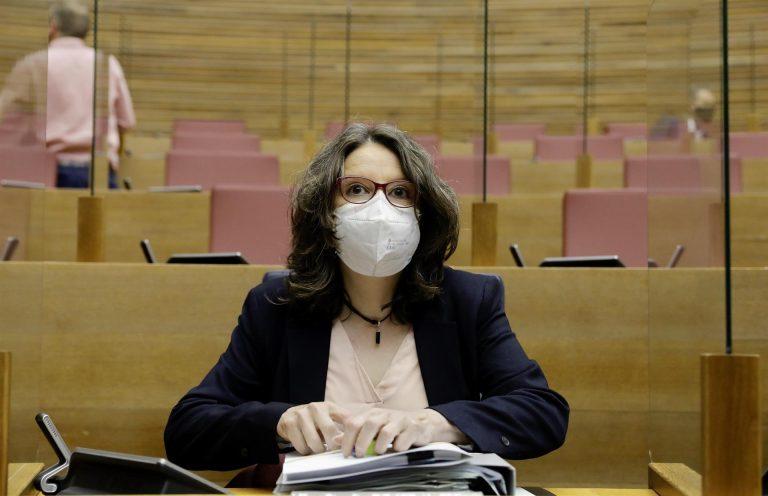 """Mónica Oltra se entera """"por la prensa"""" del fin del toque de queda: """"Podemos ahorrarnos reuniones inútiles"""""""