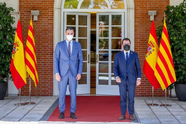 Reunión en Moncloa entre Sánchez y Aragonés