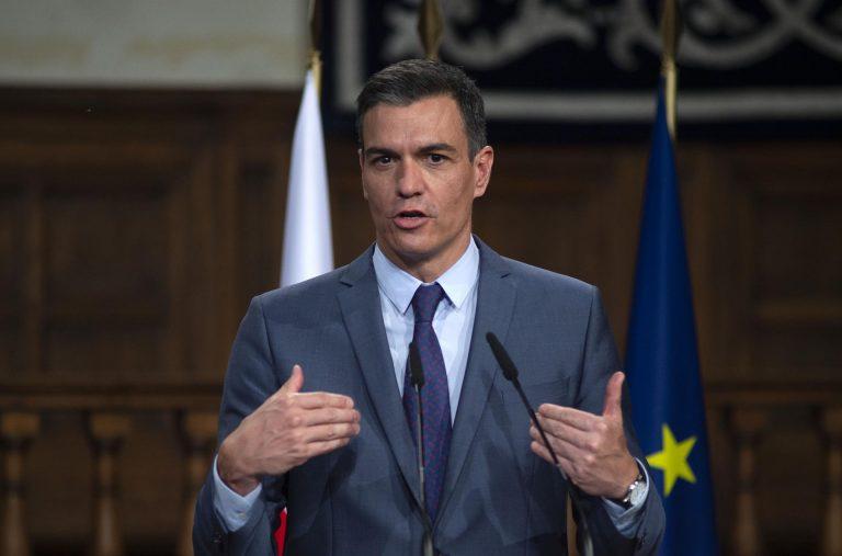 Sánchez celebra que «España es el país que más dosis ha administrado por cada 100 habitantes»