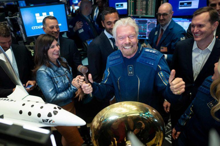Se lanza el primer vuelo de turismo espacial privado, llega la «nueva era de turismo espacial y comercial»