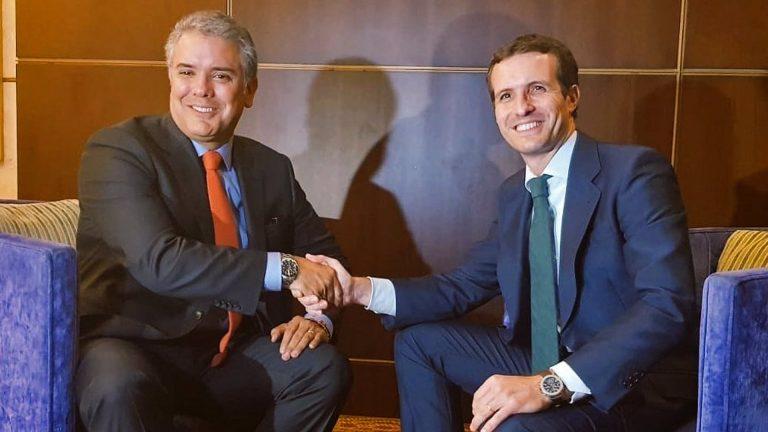 Casado viaja este lunes a Colombia para verse con Iván Duque y participar en un foro sobre cómo frenar el populismo