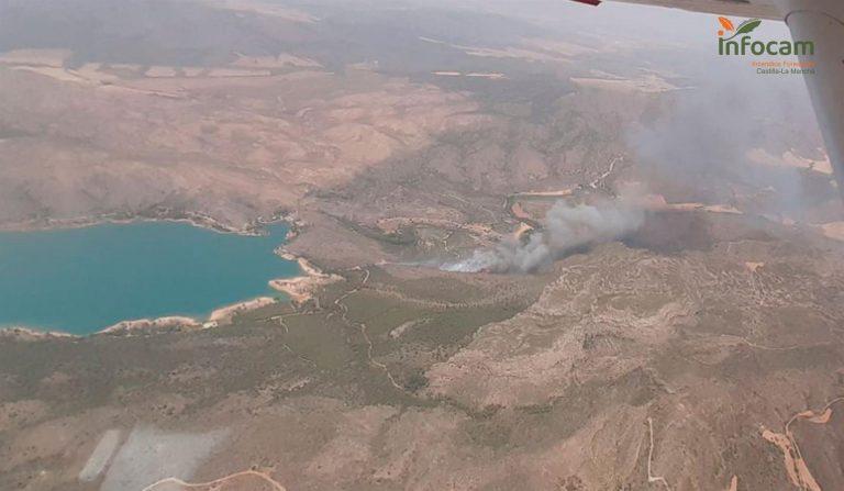 Declarado Nivel 2 de alerta en el incendio de Liétor (Albacete) por posible afección por humo a la población