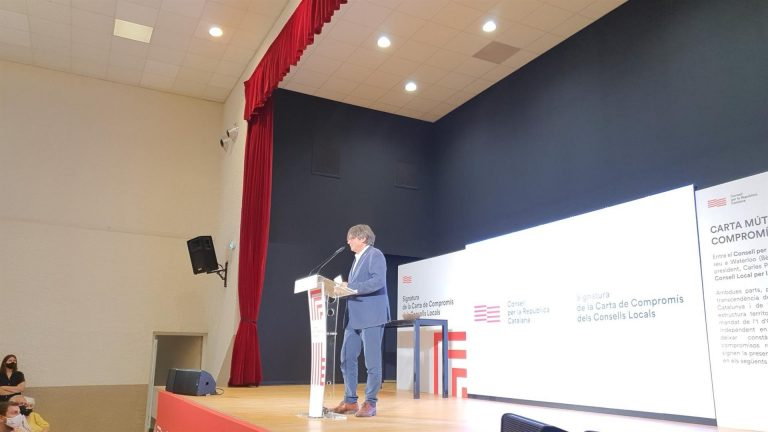 """Puigdemont cuestiona que """"la mesa llamada de diálogo"""" sirva para alcanzar la autodeterminación"""