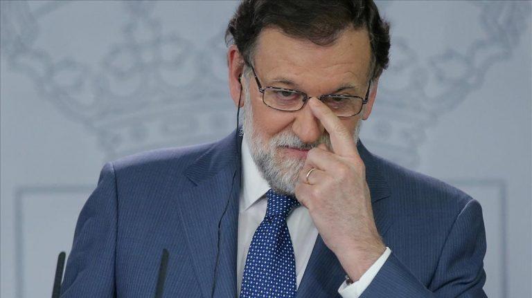 Rajoy arremete contra el Consejo de Ministros: «Hay demasiada patada al diccionario, el 'todes', el 'hijes'»
