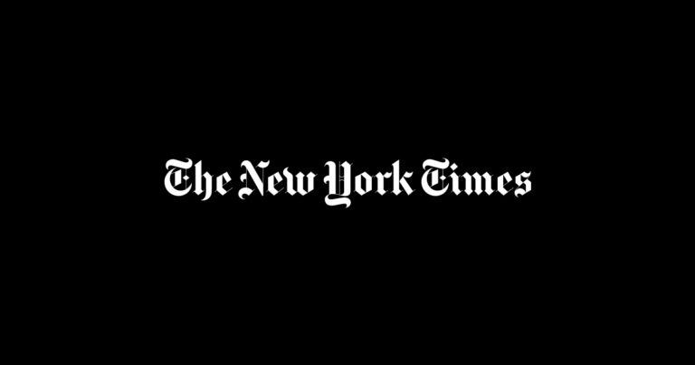 Un editorial publicado en 'The New York Times' acusa al Papa de «desgarrar la Iglesia católica»