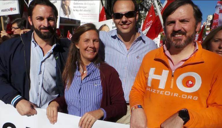 Wikileaks vincula el nacimiento de Vox con Hazte Oír y grandes empresarios