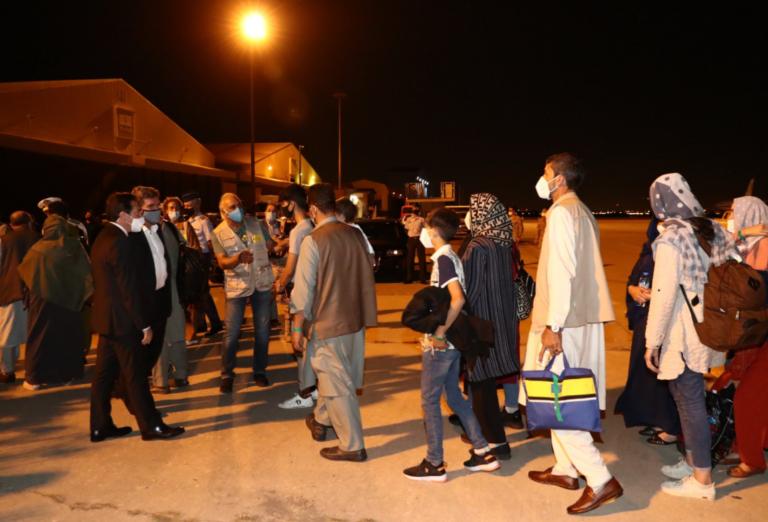 Llega el avión con los repatriados de Afganistán