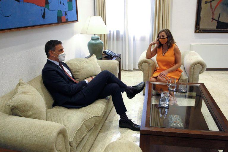 Sánchez y Armengol, de acuerdo en incluir el «factor de insularidad» como baremo en los Presupuestos