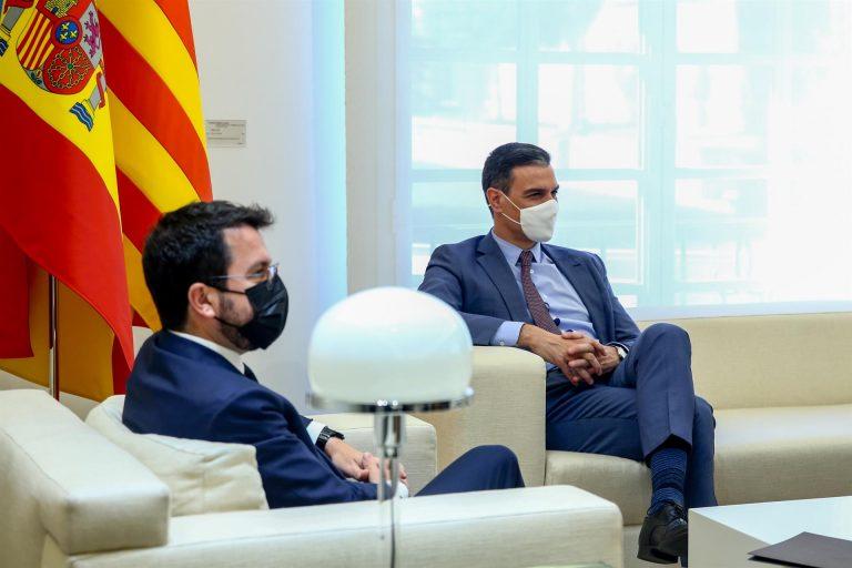 Cataluña pedirá hoy en la reunión bilateral 56 traspasos, entre ellos el Prat