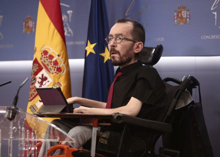 Echenique defiende que es compatible formar parte del Gobierno y apoyar movilizaciones ante la subida de la luz