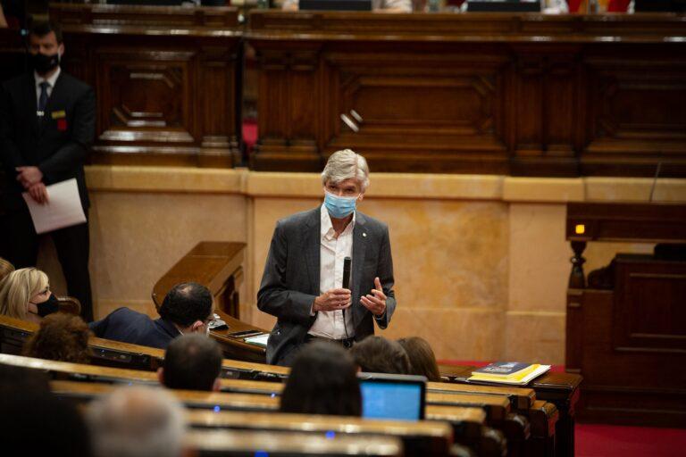 """El conseller catalán de Salud avisa de que """"falta mucho"""" para alcanzar la inmunidad"""