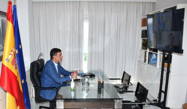 Sánchez convoca para mañana videoconferencia ministerial sobre Afganistán y volverá el viernes de vacaciones