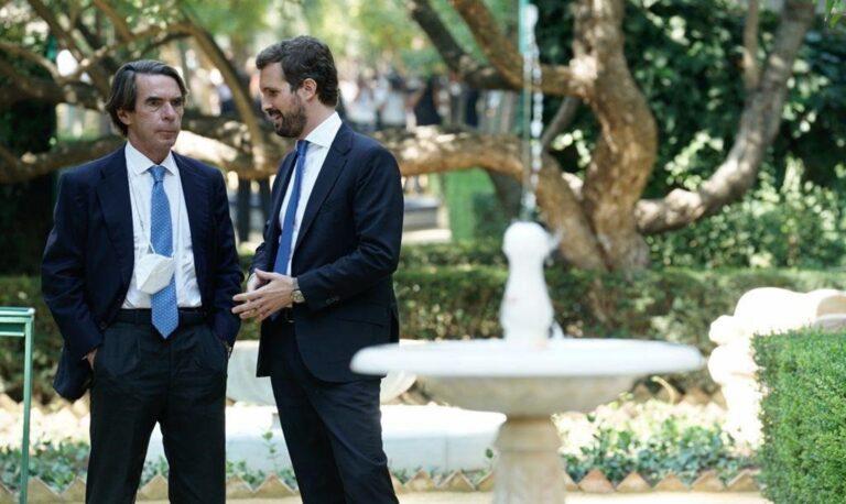"""Aznar a Casado: """"Vas a ser presidente del Gobierno y además lo vas a hacer bien"""""""
