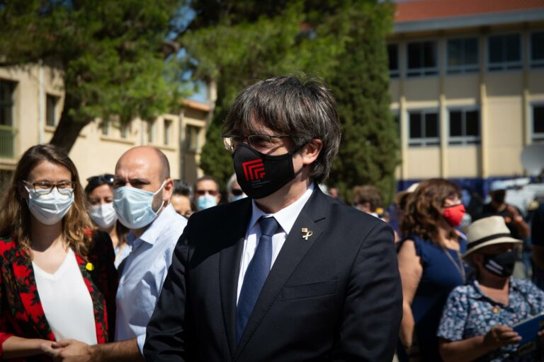 "Puigdemont a Pedro Sánchez: concordia es ""respetar las decisiones del Parlament"""
