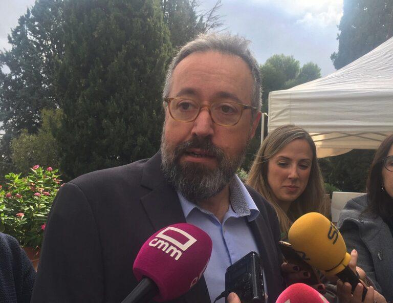 """Girauta ve a Casado en Moncloa """"a no mucho tardar"""""""