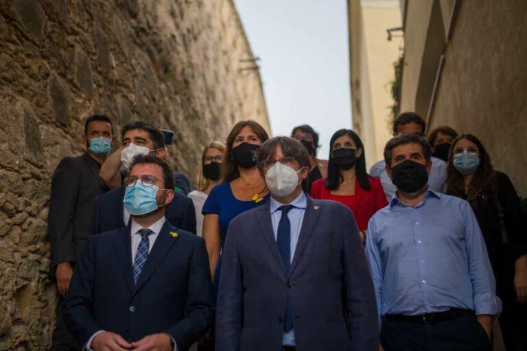 Puigdemont recibe el apoyo de miembros de ERC y Junts en Cerdeña