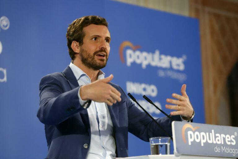 Casado critica que Sánchez pidiese la dimisión de Rajoy si la luz subía un 8%  mientras con él «sube el 200%»