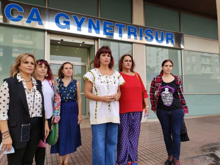 """Teresa Rodríguez critica el """"acoso"""" del """"movimiento ultracatólico"""" a las mujeres que acuden a abortar"""