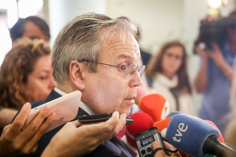 """Más Madrid pide al PSOE que tome """"cartas en el asunto"""" ante la """"nueva puerta giratoria"""" de Carmona en Iberdrola"""