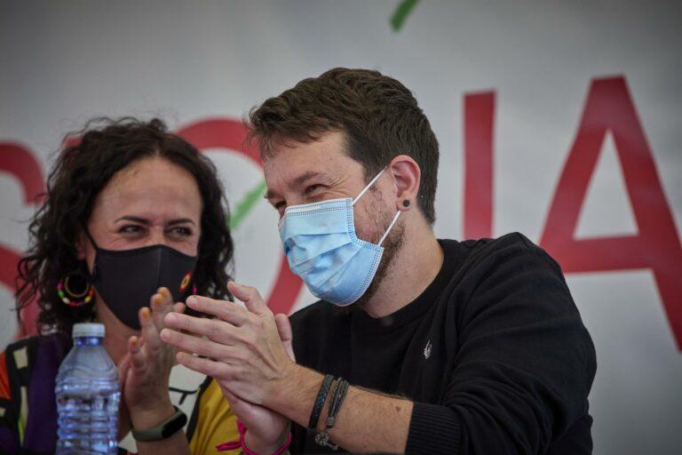 Las bases de Podemos ovacionan a Iglesias al grito de 'Sí se puede'